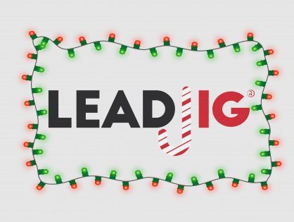 4 Ways to Get Your Office to Give Back This Holiday Season